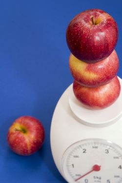 Scales and Apples 400 600